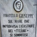 Titanic, Schignano, la lapide del Peduzzi